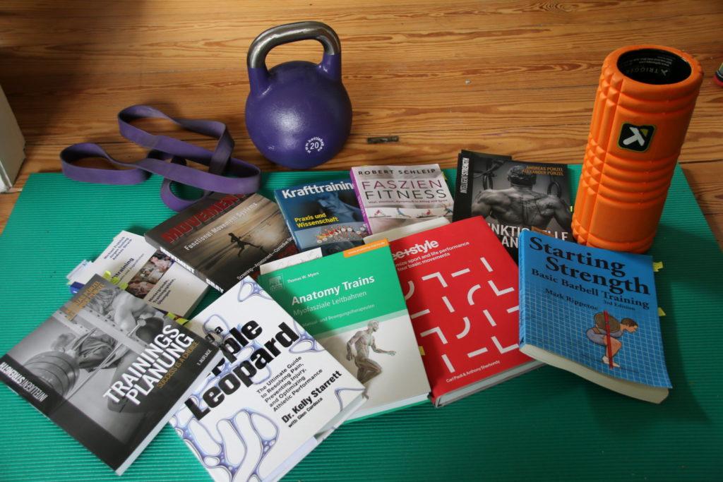Bücher und Ausrüstung
